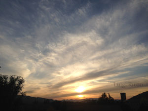 tramonto dai bellissimi effetti luminosi